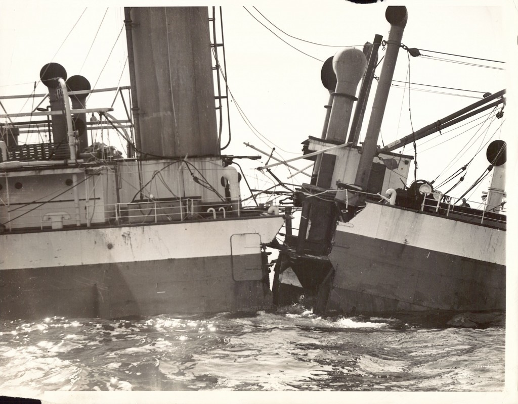 Tides and currents helped snap the SS City of Salisbury in two. The bow slid down one side of Graves Ledge, and the stern sank down the other side. (Photo: Boston Traveler)