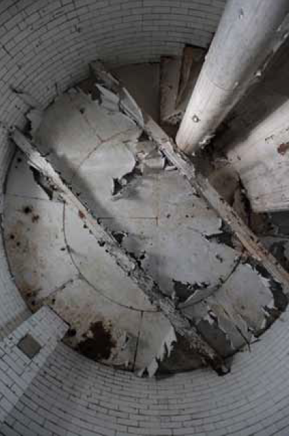 The ceiling of level 2, awaiting restoration.